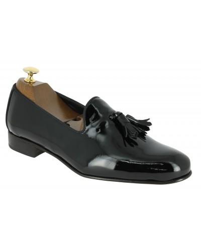 Mocassin à pompons slippers sleepers Center 51 prince vernis noir pompons noir