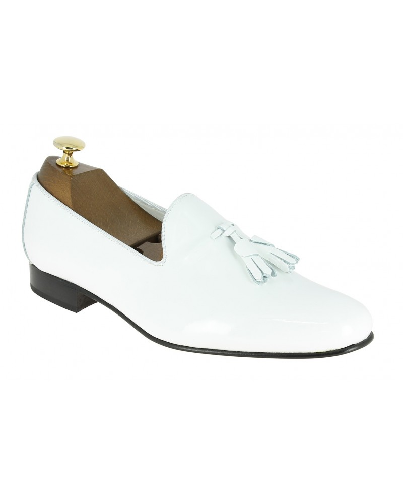 Moccasin with Pompons slippers sleepers Center 51 Prince white varnished leather with white tassels