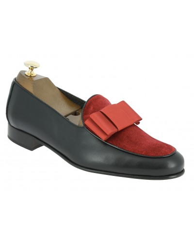 Moccasin bow knot slippers sleepers Center 51 Xmas black leather red velvet and red bow knot