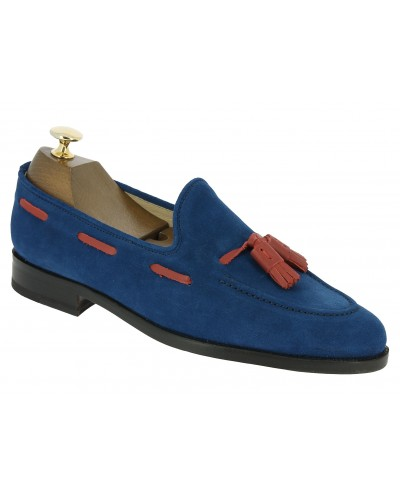 Moccasin with Pompons Center 51 3136 Will blue suede with red tassels