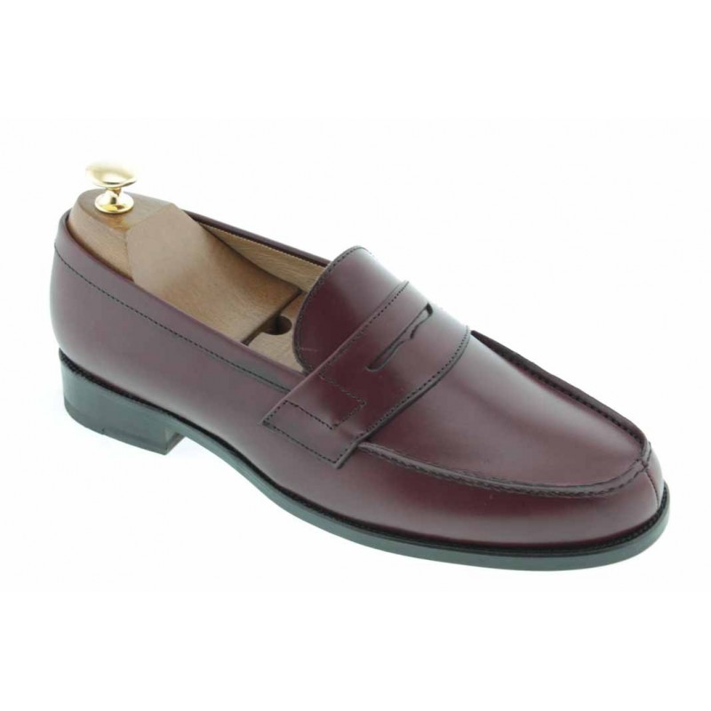 Moccasin Center 51 1961 Tod burgundy leather